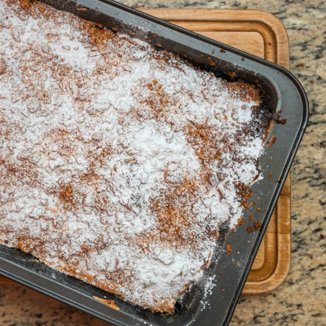 Drożdżowe ciasto z czekoladą